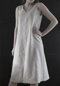 Klanningen_Irma_taupe dresses by noga